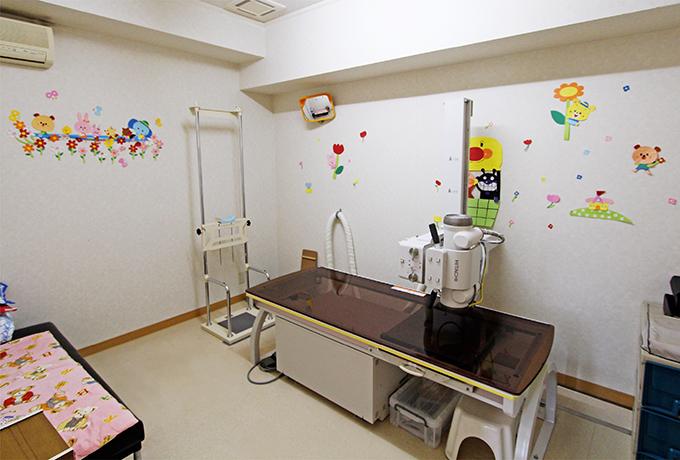 一般診療・内分泌系(成長ホルモン・甲状腺)・糖尿病・予防接種など小児科のことなら、お任せください。