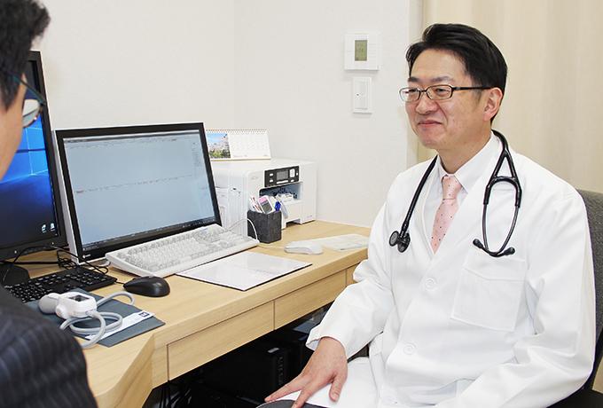 低線量肺がんCT検診や禁煙外来をはじめとして、呼吸器疾患の専門診療を行っています。