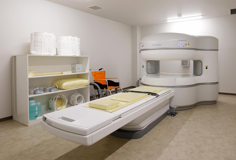 現代の整形外科領域では必須となっているMRIやエコーなどの画像検査診断機器を完備。
